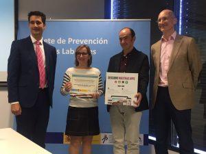 Recogida del premio AICA al equipo de PRL del CIAL
